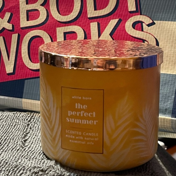 The Perfect Summer Candle